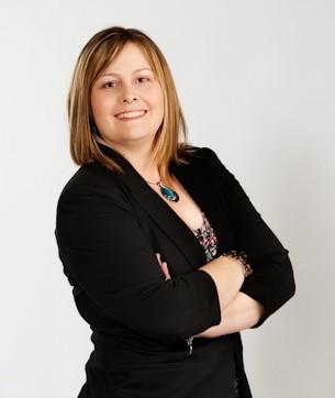 Melanie Rhora - Queen of Online Business Growth - Digital Marketing Specialist
